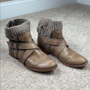 Splendid light brown ankle booties sz 7.5